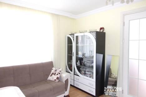 Сдается 2-комнатная квартира посуточнов Кобулети, Агмашенебели, 19а.