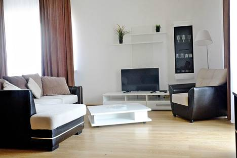 Сдается 2-комнатная квартира посуточнов Сочи, Триумфальная дом 10/2.