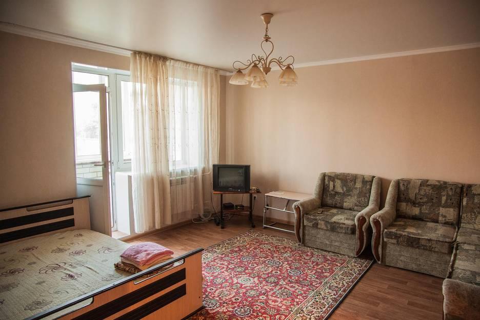 С использованием таких марок как: планировка включает в себя: в квартире есть все необходимые удобства.