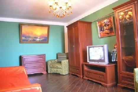 Сдается 3-комнатная квартира посуточно в Феодосии, Чкалова, 98.