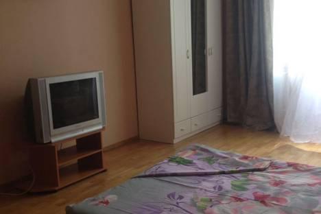 Сдается 2-комнатная квартира посуточнов Казани, туфана миннуллина 8а.