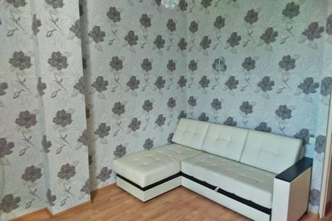 Сдается 2-комнатная квартира посуточнов Сочи, ул. Яблочная, 25.