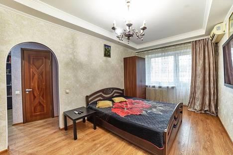 Сдается 1-комнатная квартира посуточно в Ростове-на-Дону, Мечникова 77д.