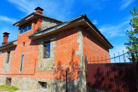 Сдается коттедж посуточнов Бердске, Яблочная, 13.