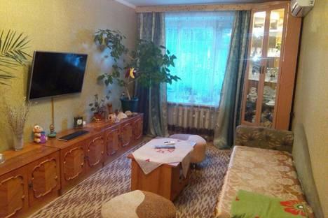 Сдается 3-комнатная квартира посуточно в Судаке, Гагарина 5.