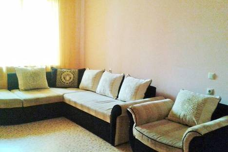 Сдается 2-комнатная квартира посуточно в Новороссийске, ул. Видова, 122.