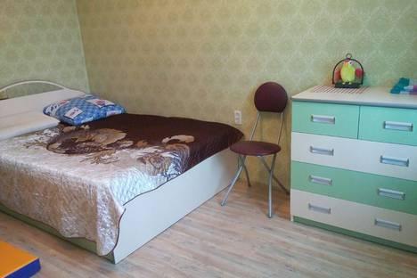 Сдается 2-комнатная квартира посуточно в Череповце, ул. Командарма Белова, 49.