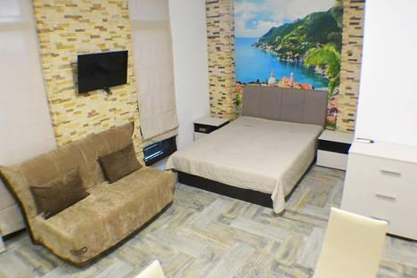 Сдается 1-комнатная квартира посуточно в Адлере, Кирова 28а.