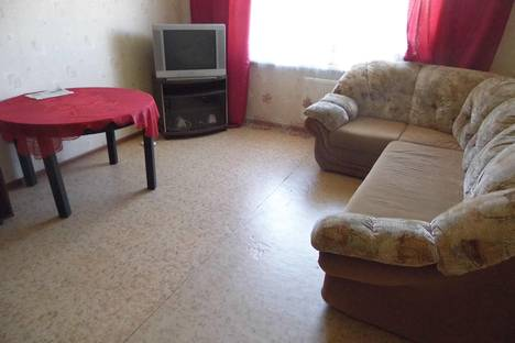 Сдается 1-комнатная квартира посуточнов Великом Новгороде, ул. Большая Санкт-Петербургская, 99.