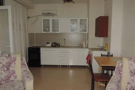 Сдается 1-комнатная квартира посуточнов Сочи, ул. Загородная, 5.