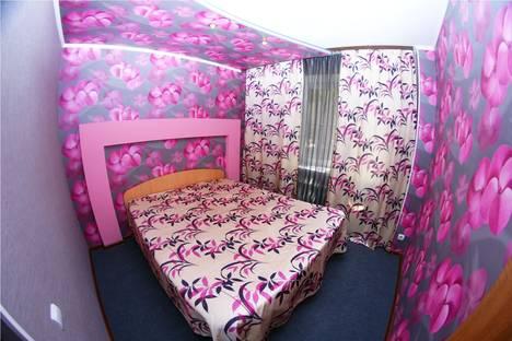 Сдается 2-комнатная квартира посуточно в Астрахани, Ботвина 22.