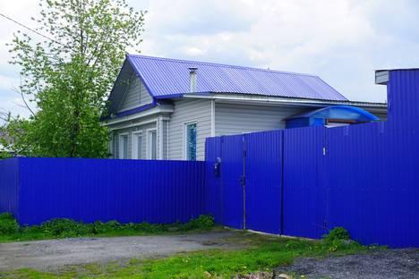 Сдается коттедж посуточнов Сатке, ул. Крупская 14.