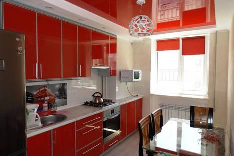 Сдается 3-комнатная квартира посуточно в Евпатории, пр Ленина 54.