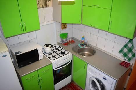 Сдается 1-комнатная квартира посуточнов Волжском, Коммунистическая, 16.