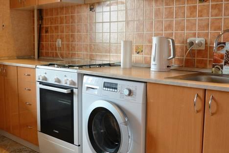 Сдается 1-комнатная квартира посуточнов Волжском, проспект Ленина,134.