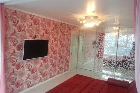 Сдается 2-комнатная квартира посуточно в Алуште, ул.Перекопская,4в.