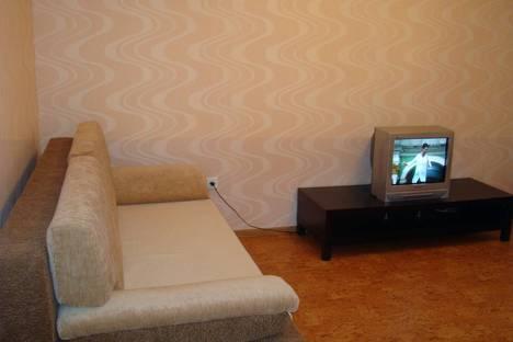 Сдается 2-комнатная квартира посуточно в Альметьевске, ул. Ленина,149.