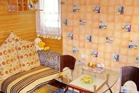 Сдается 3-комнатная квартира посуточно в Ялте, Садовая, 10.