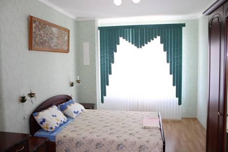 Сдается 1-комнатная квартира посуточнов Геленджике, ул. Колхозная, 11.