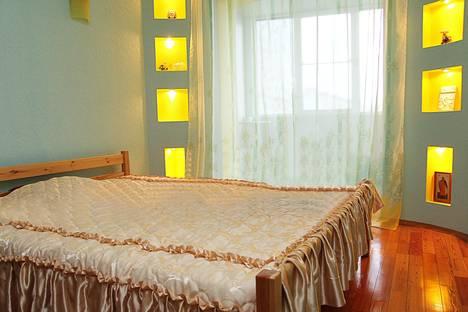Сдается 3-комнатная квартира посуточно в Новороссийске, Куникова 34.
