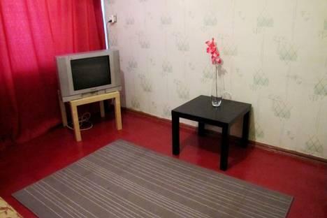 Сдается 1-комнатная квартира посуточнов Бузулуке, 1 микрорайон дом 18.