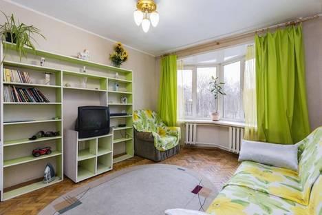 Сдается 1-комнатная квартира посуточнов Санкт-Петербурге, Беринга, 22.