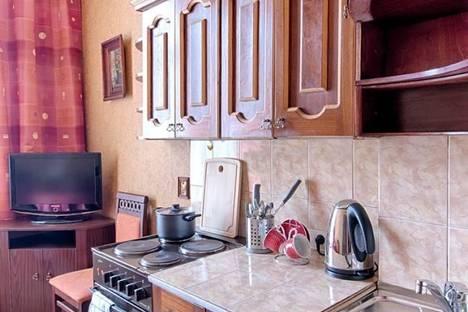 Сдается 2-комнатная квартира посуточнов Тюмени, ул. Закалужская, 90.