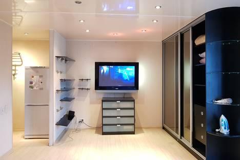 Сдается 1-комнатная квартира посуточно в Москве, Новочеремушкинская 39к1.
