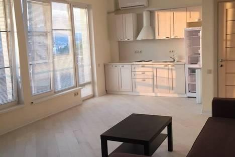 Сдается 2-комнатная квартира посуточнов Ольгинке, Горизонт,57.