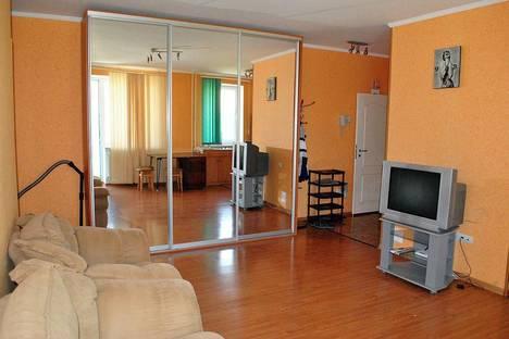 Сдается 3-комнатная квартира посуточнов Мирном, пр-кт Ленина, 40.