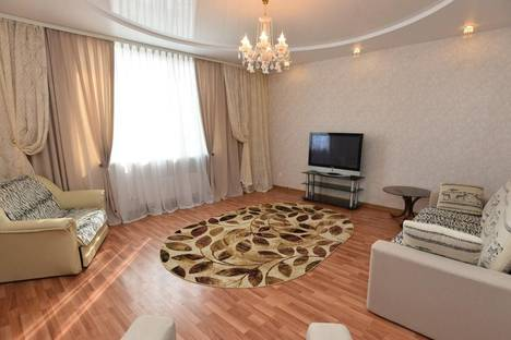Сдается 2-комнатная квартира посуточно в Екатеринбурге, Малышева, 4Б.