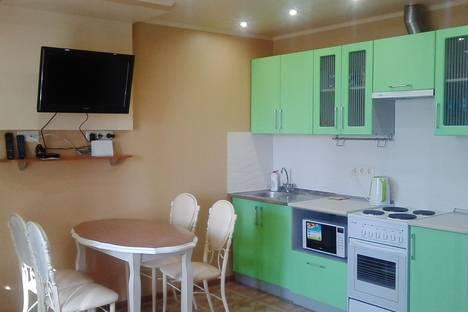 Сдается 1-комнатная квартира посуточно в Белогорске, ул. Кирова, 129.