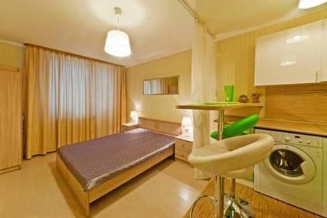 Сдается 1-комнатная квартира посуточно в Санкт-Петербурге, ул. Доблести, 7 корпус 1.