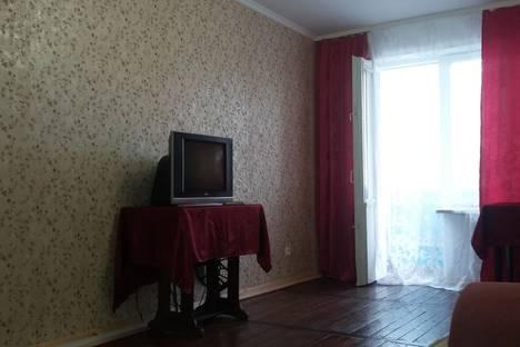 Сдается 2-комнатная квартира посуточно, Ялтинская, 9.