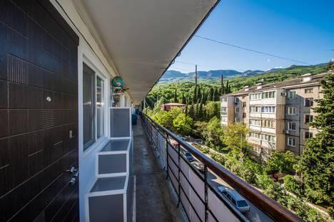 Сдается 1-комнатная квартира посуточно в Гурзуфе, Подвойского 36.