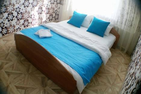 Сдается 2-комнатная квартира посуточнов Кемерове, Октябрьский проспект, 33б.