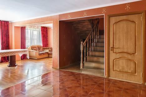 Сдается 5-комнатная квартира посуточнов Железноводске, ул. Маяковского, 21А.
