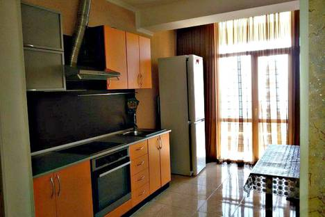 Сдается 2-комнатная квартира посуточнов Сочи, ул. Бытха ,д.41/24.
