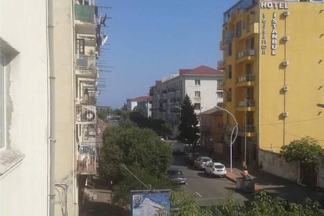 Сдается 1-комнатная квартира посуточно в Батуми, грибоедова 8.
