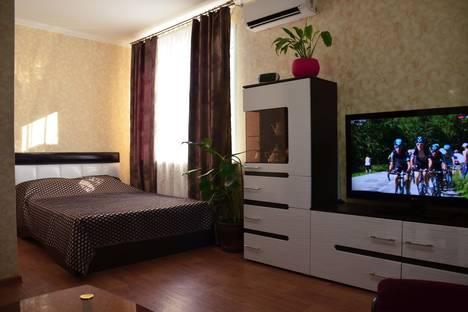 Сдается 1-комнатная квартира посуточнов Волжском, ул. Александрова, 9.