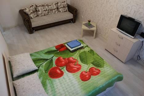 Сдается 1-комнатная квартира посуточно в Магнитогорске, ул. Ленинградская, 23.