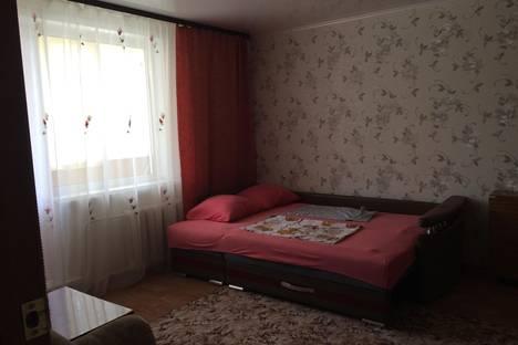 Сдается 2-комнатная квартира посуточно в Яровом, Квартал А 27.