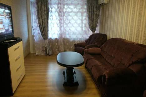 Сдается 2-комнатная квартира посуточнов Сочи, переулок Морской, 14/10.