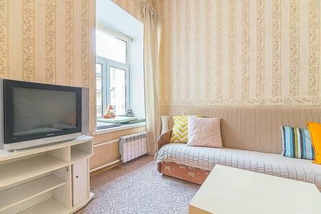 Сдается 1-комнатная квартира посуточнов Санкт-Петербурге, переулок Макаренко, 13.