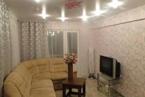 Сдается 2-комнатная квартира посуточно в Каменск-Уральском, Добролюбова 10.
