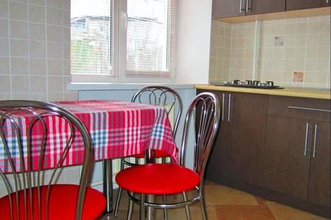 Сдается 2-комнатная квартира посуточно в Борисове, Чапаева 30.