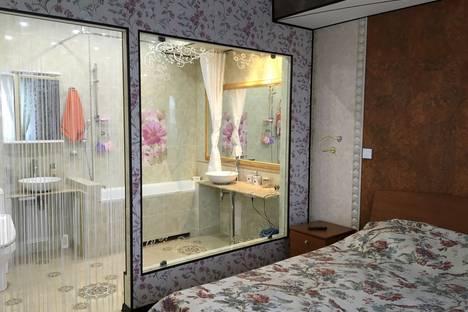 Сдается 2-комнатная квартира посуточнов Южно-Сахалинске, ул. Пушкина, 158.