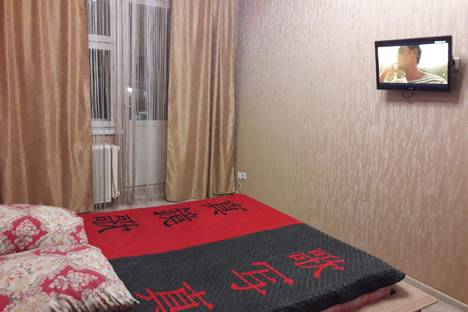 Сдается 2-комнатная квартира посуточно в Нижневартовске, ул. Нефтяников, 37.