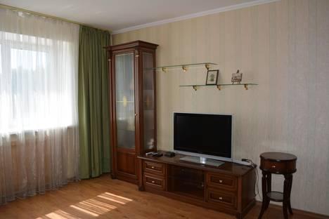Сдается 2-комнатная квартира посуточно в Орле, ул. Комсомольская, 269.