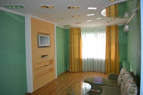 Сдается 1-комнатная квартира посуточнов Орле, ул. Комсомольская, 267.
